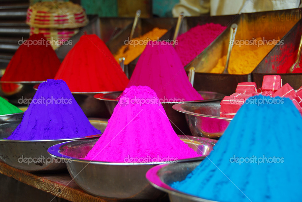 Color powder on sale to celebrate Holi Festival — Stok fotoğraf #1330686