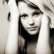 Studio Shot of a Beautiful Young Girl — Stockfoto