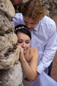 Embracing newlywed — ストック写真