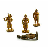 Ancient bronze soldiers — Stock Photo