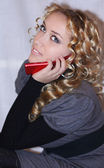 Pretty girl talking on the cell phone — Stock Photo