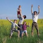 Men and children outdoor — Stock Photo
