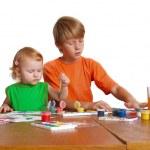 crianças com desenho — Foto Stock