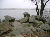 Large stones ashore — Stock Photo