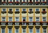 Hotel facade in Karlovy Vary — Stock Photo