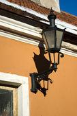 Wall lamp on old Tallinn house — Stock Photo