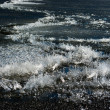 Thawing ice on lake surface — Stockfoto