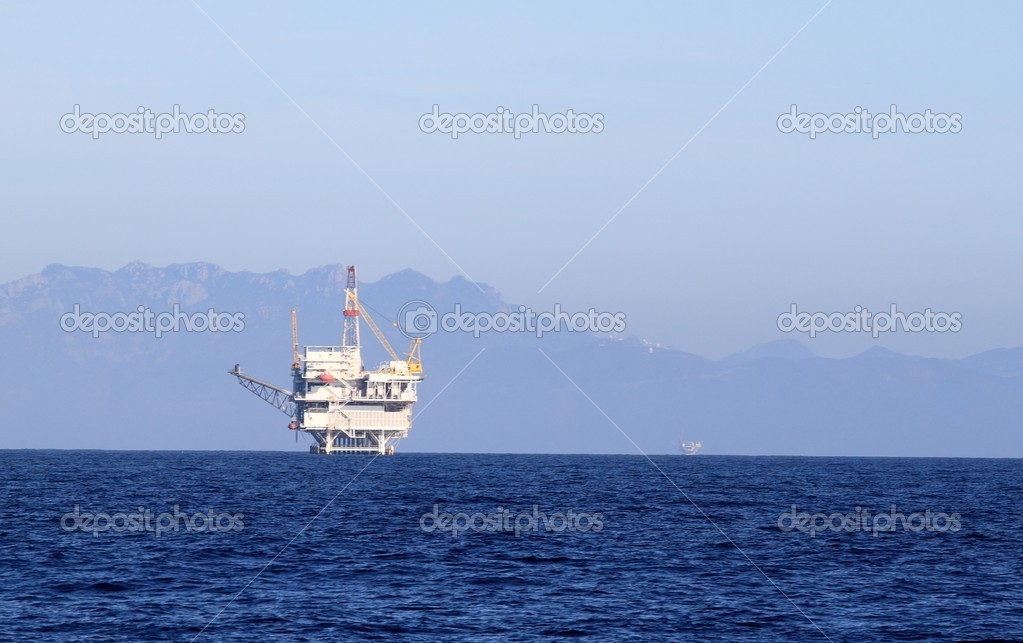 An offshore oil drilling platform near Ventura California  Stock Photo #2188772