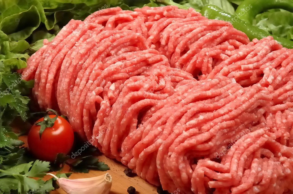 Ground meat at the butcher                        — Stock Photo #1411979