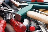 молоток и различные инструменты — Стоковое фото