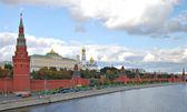 Kremlin van moskou, kremlin embankment — Stockfoto