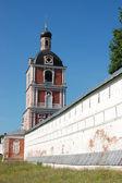 十四世纪修道院在佩 — 图库照片