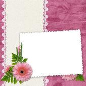 Marco blanco con flores y plantas en t — Foto de Stock