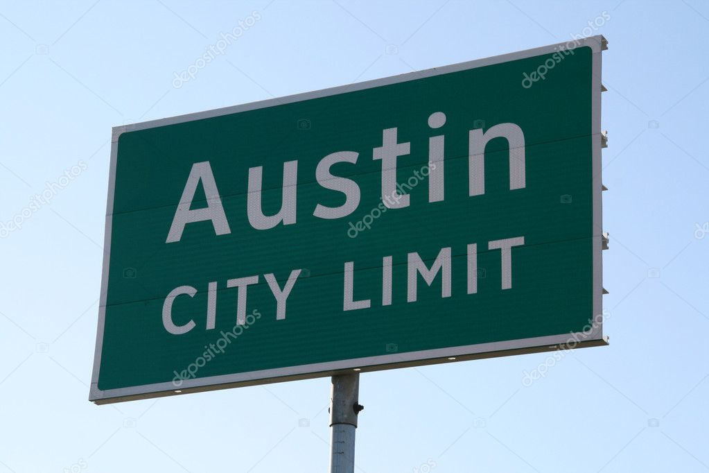 A Austin City Limit sign that you would see when going into Austin, TX.  This is a popular symbol of Austin. — Stock Photo #1387775