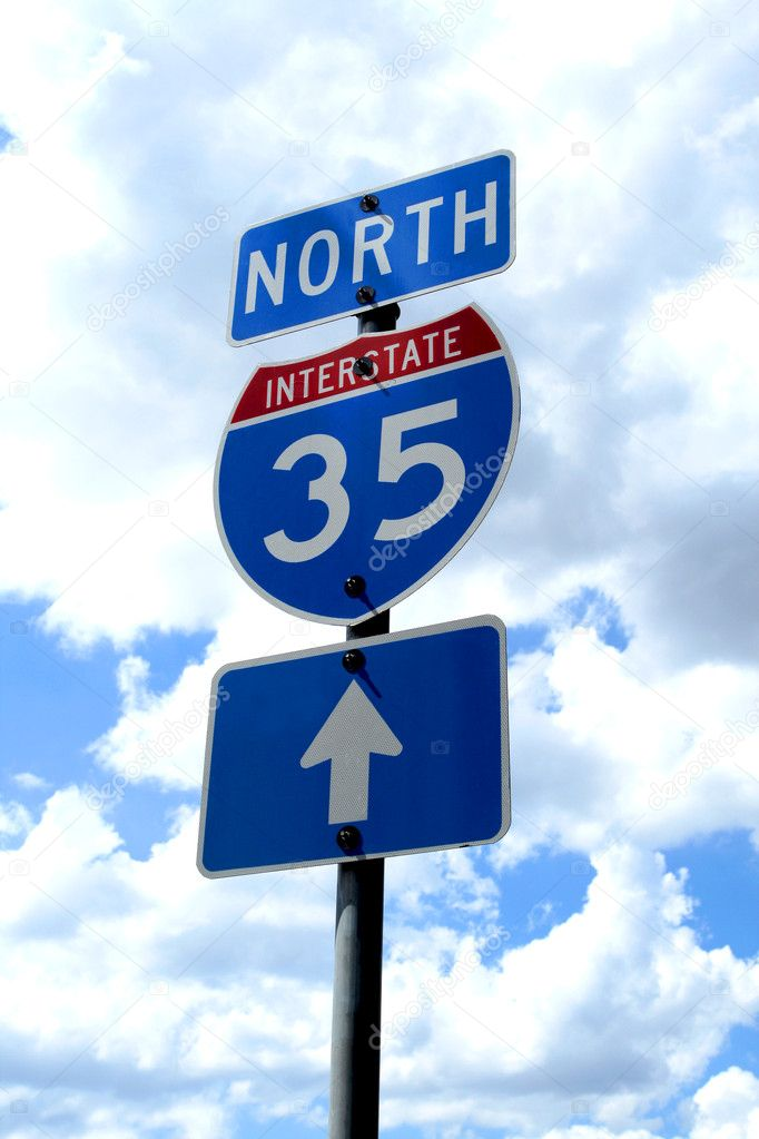 A highway 35 road sign in Texas. — Foto de Stock   #1388489
