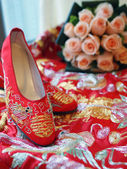 Chinese bridal shoes — Stock Photo