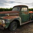 Rusty old classic truck — Stock Photo #1378039