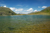 Alpine lake scenery — Stock Photo