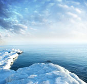 Ice seacoast — Stock Photo