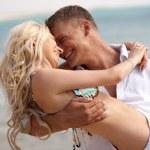 遊び心のあるカップルの愛 — ストック写真
