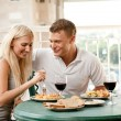Couple dining — Stockfoto