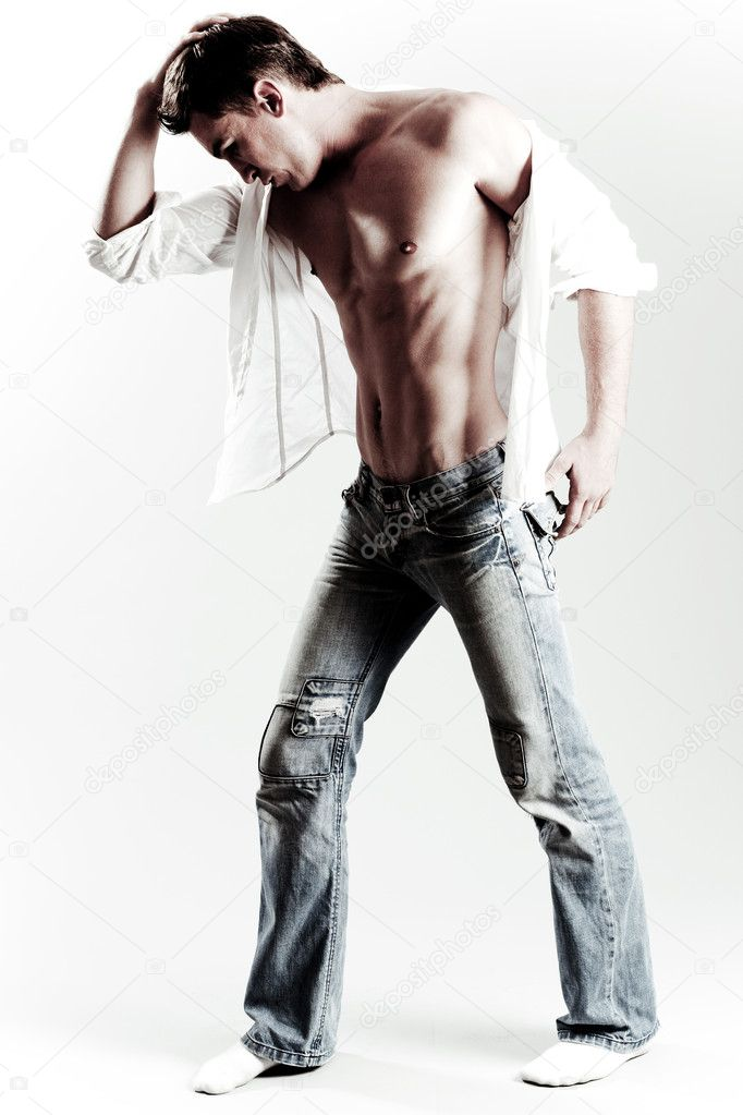 Male model posing in style with his head down — Stock Photo #1370614