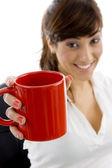 Exploração executivo feminino café caneca — Fotografia Stock