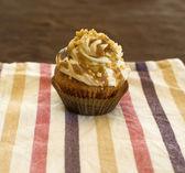 Hony cupcake — Stock Photo