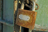 Old Rusty Padlock and Gate — Stock Photo