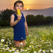 Young boy having an popsicle — Foto Stock