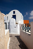 Small streets of the city of Fira — Stock Photo