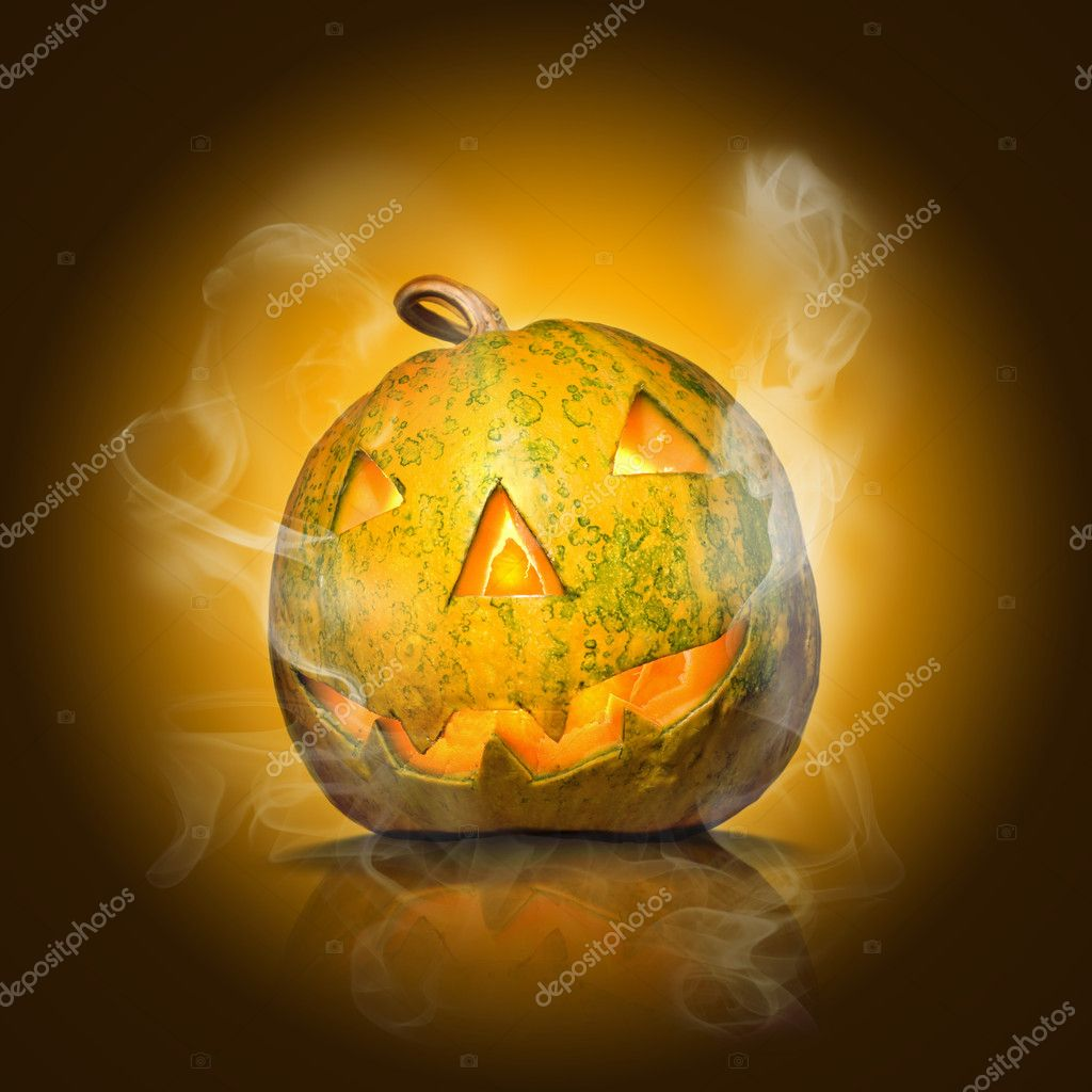 Halloween pumpkin on yellow with smoke — Foto de Stock   #1364094