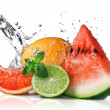 Water splash on fresh fruits — ストック写真