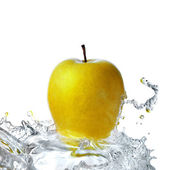 Fresh water splash on apple — Stock Photo