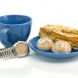 Lunch time - Watch, blue cup, pastry — Stock Photo