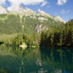 Tovel lake, Trentino, Italy — Stock Photo #1895557