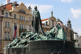 Statue of John Hus in Prague old town — Stock Photo