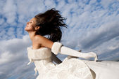 Beautiful fashion bride — Stock Photo