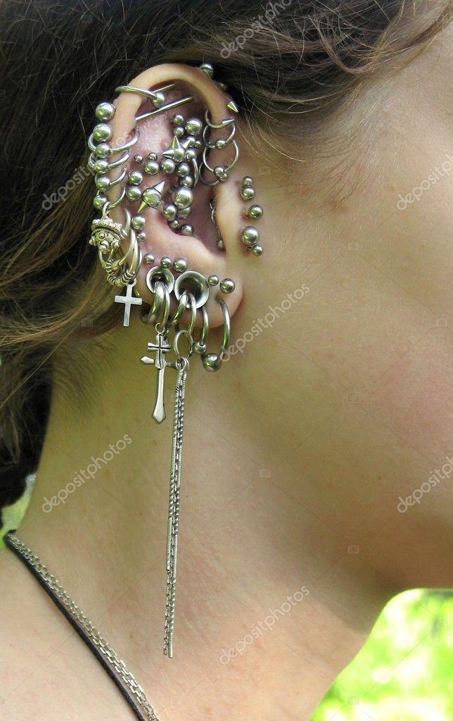 сережки в хрящик в ухе фото