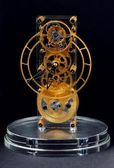 Gold mechanical clock — Stock Photo