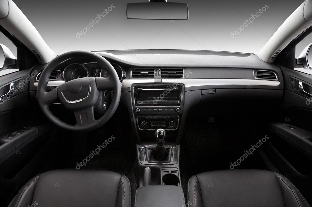 View of the interior of a modern automobile showing the dashboard — Stock Photo #1358539