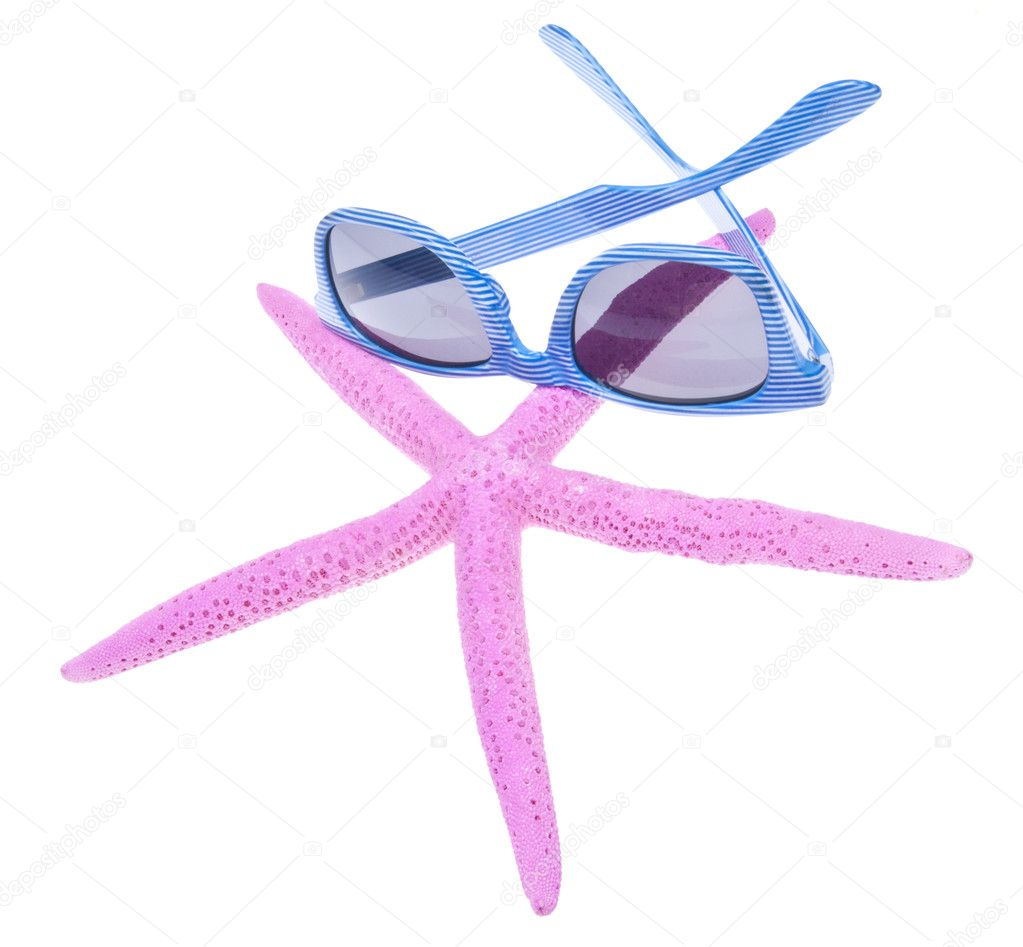 Blue sunglasses and a vibrant pink starfish for a day on the beach.  Isolated on white with a clipping path. — Stock Photo #2373293