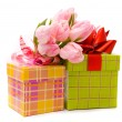 Pink tulips and gift box — ストック写真