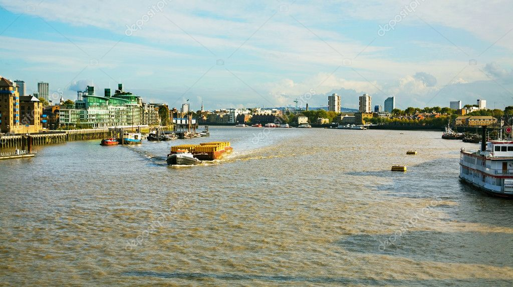 River Thames from London Bridge — Stock Photo #1706361