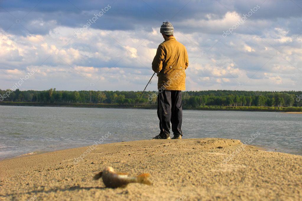 приснился рыбак с рыбой