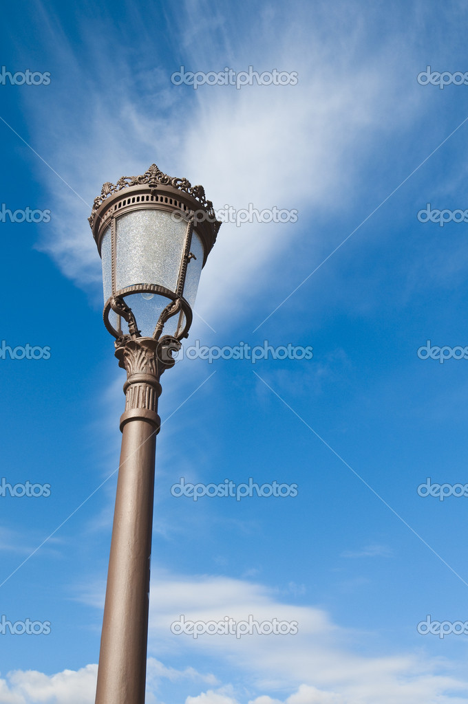 Streetlamp located at Cervantes Square, Alcala de Henares, Madrid, Spain — Stock Photo #2065912