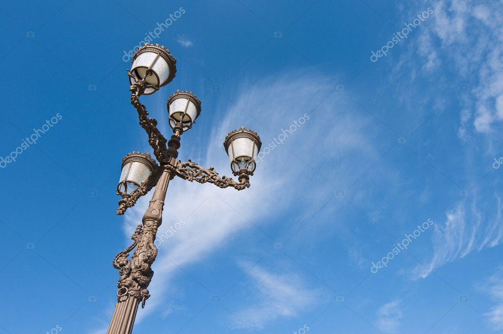 Streetlamp located at Cervantes Square, Alcala de Henares, Madrid, Spain — Stock Photo #2066058