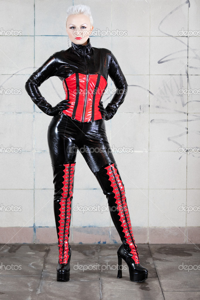 Фото: Girl in fetish suit. Famous fetish model Agna Devi.
