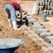 Construction Worker Laying Blocks — Stock Photo