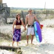 Couple Headed To Beach — Stock Photo